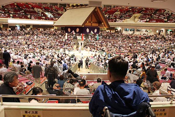 車いす利用者(難病患者様)東京両国国技館大相撲観戦
