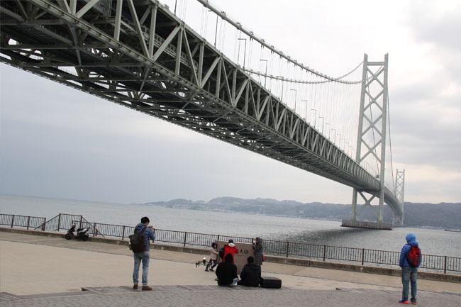 写真:明石海峡大橋