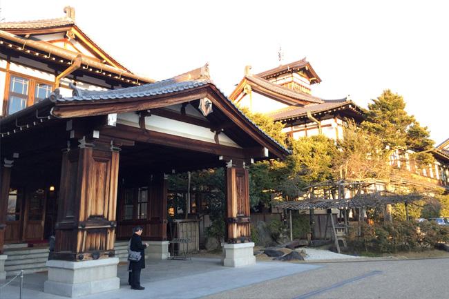 写真:奈良ホテル外観