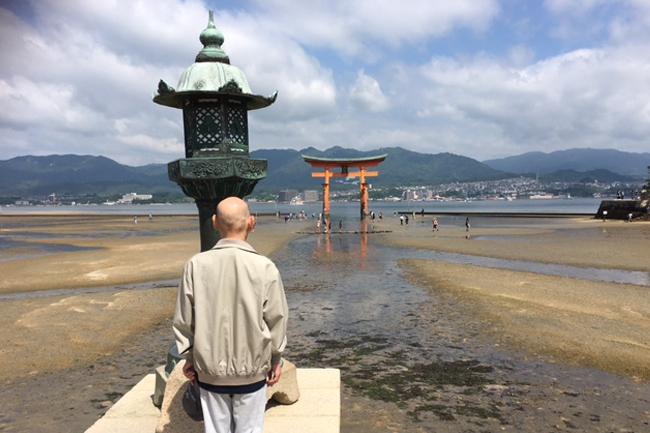 写真:宮島とお客様