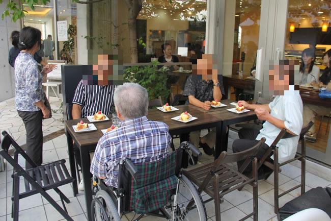 写真:カフェ