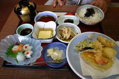 写真:天ぷら定食