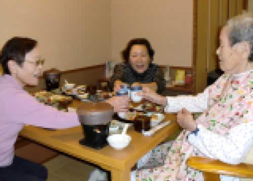 写真:久しぶりの家族との食事