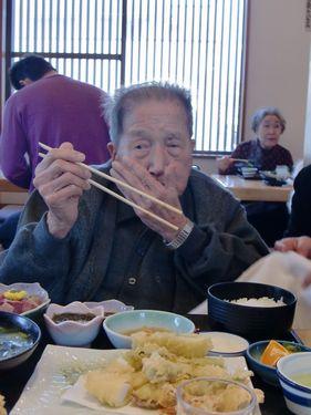 写真:新鮮なお刺身と天ぷらを食べました