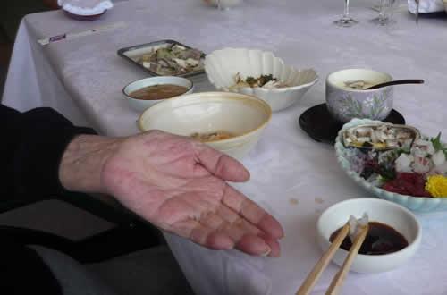 写真:刺身がおいしそうに配膳されている