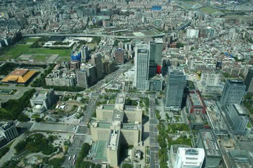 写真:台北101ビルから街を見下ろす