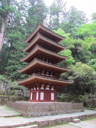 写真:室生寺の五重塔